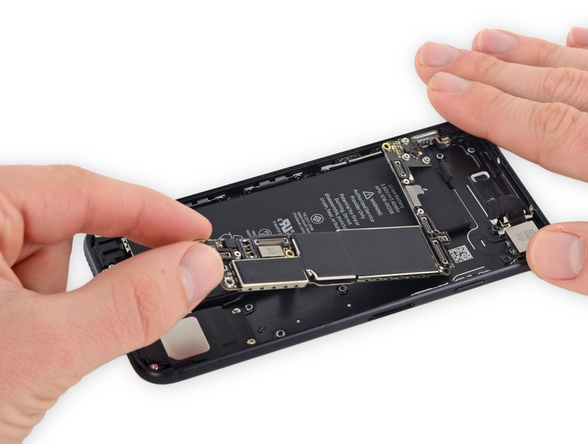 Empresa para reparar placa base iPhone profesional